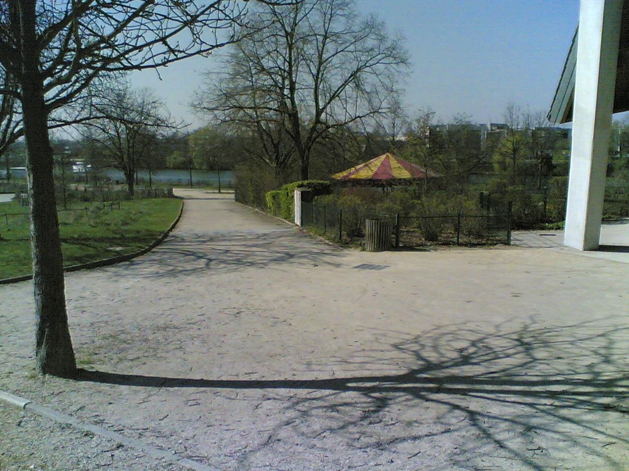 20032011010.jpg